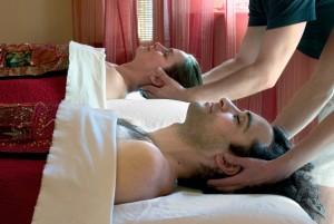 Couple's-Massage-sunlight